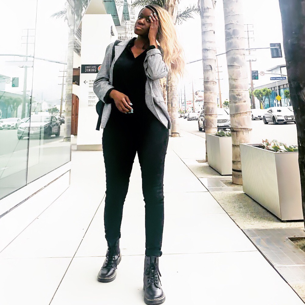 How To Style Combat Boots X Converse With Skinny Jeans